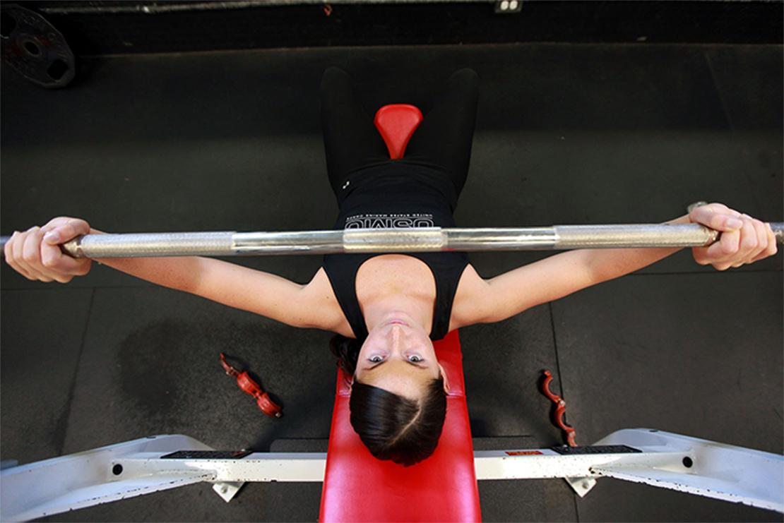 効果的なセルフトレーニングで目指す身体へ